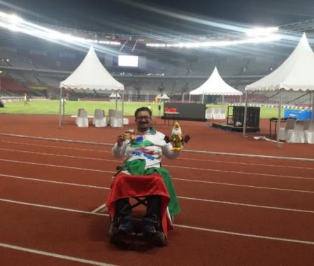 Won a gold medal in 2018 Asian Para games in Indonesia